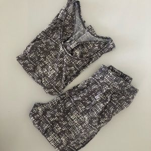 Thread 4 Thought Athletic Top + Pants Set Size M